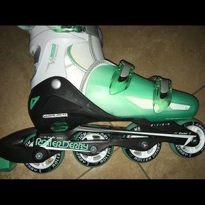 Shoes - Roller Derby Skates